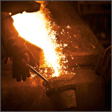 Het productieproces van smeedijzer in beeld: verzamelen