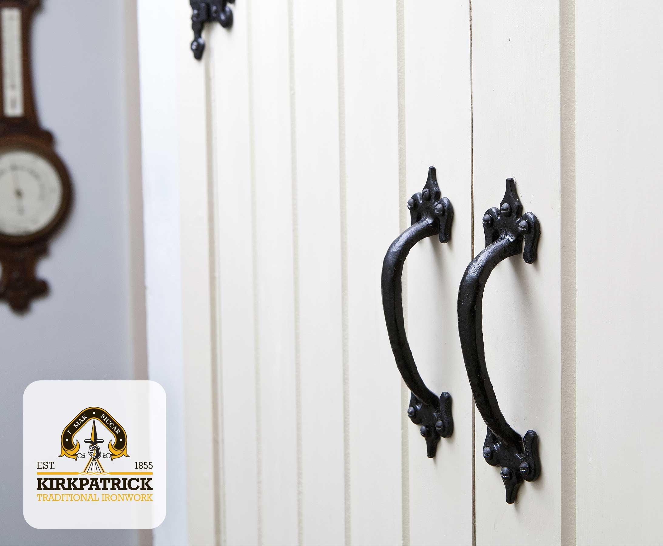 Kirkpatrick deurgrepen in zwart smeedijzer